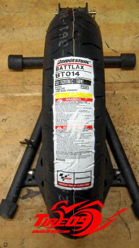 [브릿지스톤 오토바이 타이어]BT014 [120/70-17]