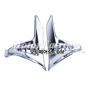 골드윙/튜닝파츠/Chrome Saddlebag Scuff Covers Trims For Honda GOLDWING GL1800 2001-2011 NEW 50